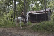9x05 rick arrvies at a cabin