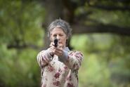 AMC 513 Carol Aiming Gun