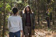 Zombie Sasha Williams Paul Rovia Maggie Rhee 7x16