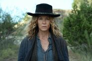 FTWD 6x09 Cowgirl June