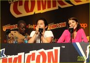 Norman-reedus-andrew-lincoln-walking-dead-at-nycc-15