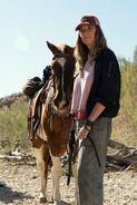 FTWD 6x10 Sarah and Horse
