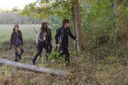 Daryl-Leads-Glenn-Michonne-and-Rosita-in-The-Walking-Dead-Season-6-Episode-15
