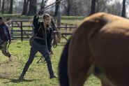 11x03 Girls Catching Horses