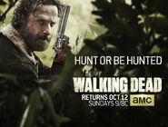 The-Walking-Dead-Season-5-Key-Art-Hunt-Or-Be-Hunted 001