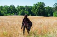 Michonne Walking 7x04