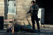 FTWD 6x13 Almost Died There