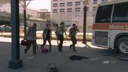Walking dead season 1 episode 4 vatos (14)