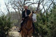 FTWD 6x13 Rider Dwight