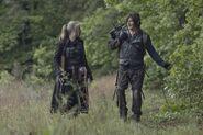 11x07 Daryl and Leah