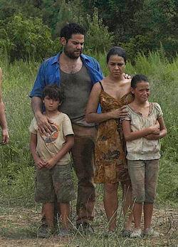 モラレスの家族.jpg