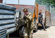 The-walking-dead-episode-802-aaron-marquand-2-935