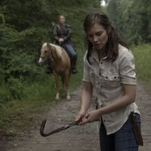 9x05 maggie takes out a problem.jpg