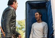 Sasha zombie scarying negan making him go 'oh damn'