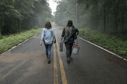 9x03 Maggie and Daryl hit the road
