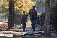 10x22 Maggie and Hershel
