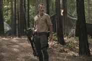 9x03 Rick crossbow badass