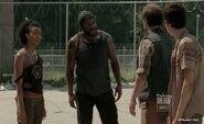 The-Walking-Dead-Episode-3x09-Suicide-King