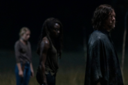 10x03 Daryl and Michonne at the border