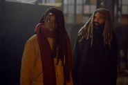 9x16 Michonne and Ezekiel