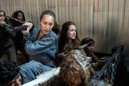 FTWD 6x02 Alicia and Janis