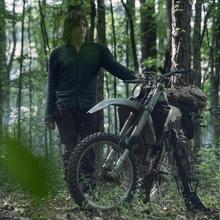 10x01 Daryl bike.png