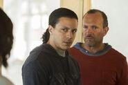 Fear-The-Walking-Dead-S02E15-2-Hector