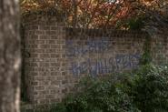 10x04 Graffiti