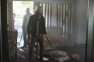 5x10 Dwight, Morgan and Karen on a bloody mission