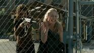 Maggie and Beth horrified at Hershel's death