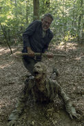 10x05 Negan kills a walker