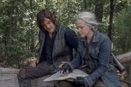 10x06 Daryl and Carol follow the map