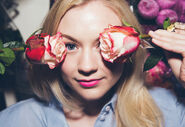 Emily with two roses in her eyes OMG so beautiful