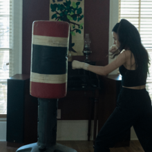 10x01 Rosita boxing.png