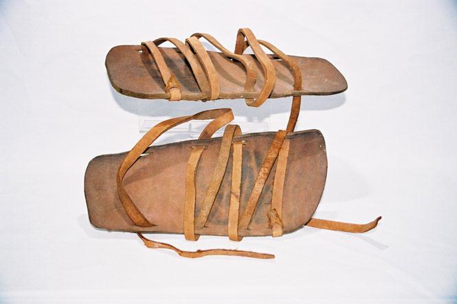 Faxian's Sandles