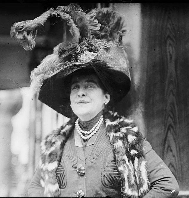 Aimée Crocker's Hat and Fur Stole