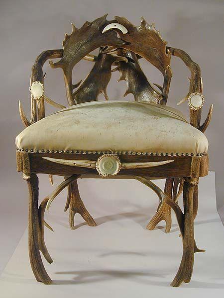 Seth Kinman's Elkhorn Chair