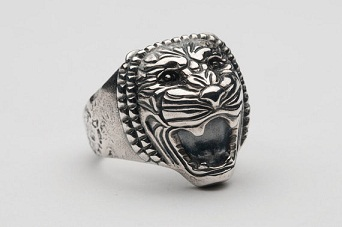 Magnetic Lion Head Ring