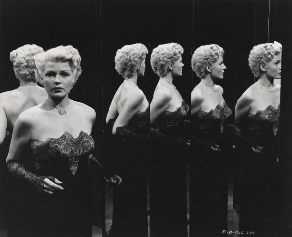 The Lady from Shanghai's Mirror Maze