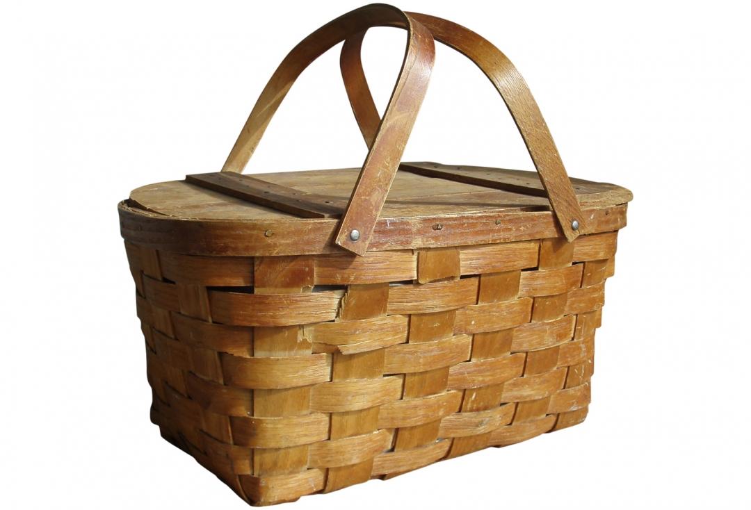 Elsie Mitchell's Picnic Basket