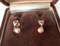 Sylvia Browne's Pearl Earrings