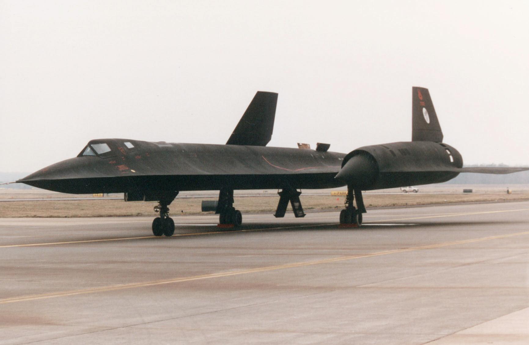 "Lockheed SR-71 ""Blackbird"""