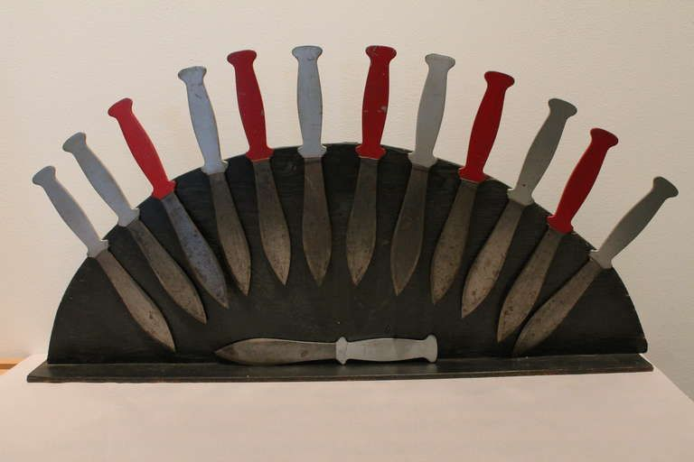 Braun Couple's Flying Knives