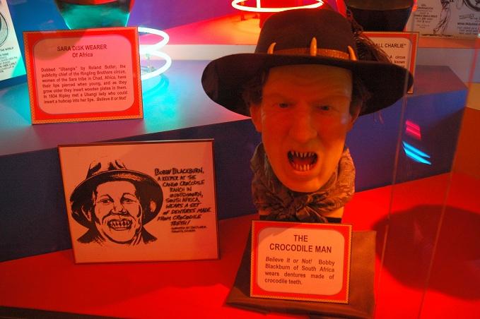Bobby Blackburn's Crocodile Teeth Dentures