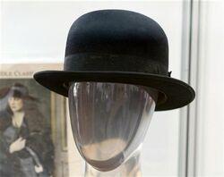 Charlie chaplin's hat.jpg