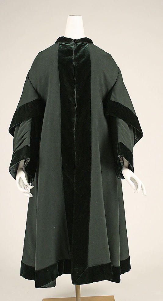 Archibald Spooner's Cloak
