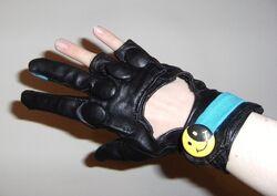 Glove 7 lightbox.jpg