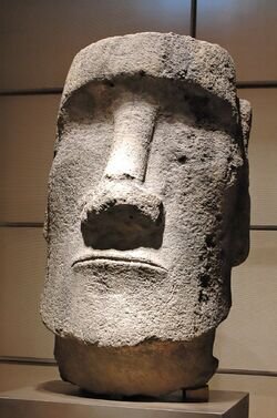 Moai Easter Island InvMH-35-61-1.jpg