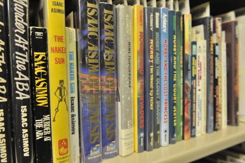 Bookshelf of Isaac Asimov's Complete Works
