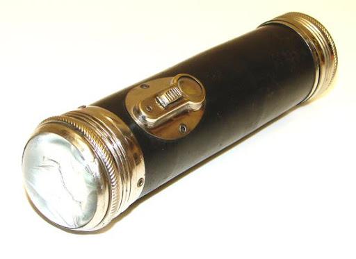 Bioelectric Flashlight